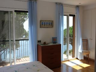 Luxury home, uninterrupted sea views, wifi, A/C - Sant Feliu de Guixols vacation rentals