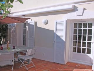 Appartement T3  Accès direct Centre ville et plage - Saint-Maxime vacation rentals