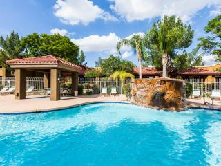 2 Bedr 2 Bath Fully Renovated In North Phoenix - Phoenix vacation rentals
