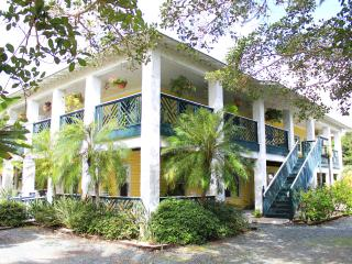 """Pineapple Manor  -  Vacation Apartment """"D"""" - Melbourne Beach vacation rentals"""