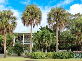 "Pineapple Manor  -  Vacation Apartment ""D"" - Melbourne Beach vacation rentals"