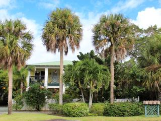 "Pineapple Manor Vacation Apartment ""B"" - Melbourne Beach vacation rentals"