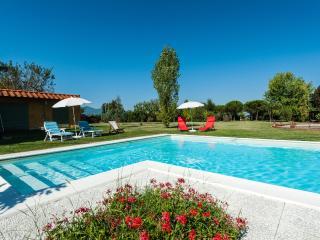 Villa Casale Dai Nonni with private Pool - Orentano vacation rentals