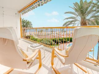 Niza apartment: front beach, pool, tennis - Alicante vacation rentals