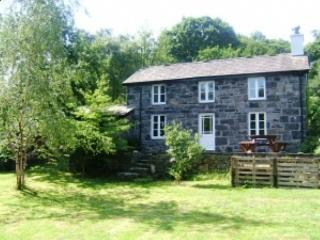 Llanberis Luxury Holiday Home with Large Grounds. - Llanberis vacation rentals