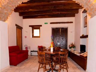 Bright 1 bedroom Vacation Rental in Piaggine - Piaggine vacation rentals