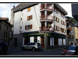 Apt. with terrace Biescas - Biescas vacation rentals