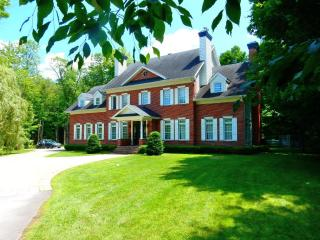 Luxury Equestrian, Country Estate- Pool on 3 acres - Montreal vacation rentals