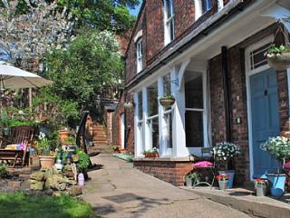 Bed and Breakfast in Lincoln - Lincoln vacation rentals