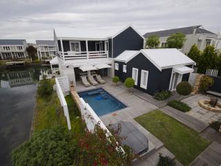 Edgewater Cottage Thesen Island - Knysna vacation rentals