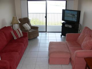 Breathtaking Intracoastal and Gulf Views+Amenities - Indian Shores vacation rentals