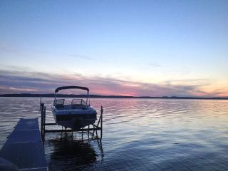 Spectacular sunsets over east bay - Acme vacation rentals