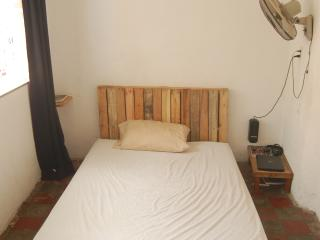 Perfect 2 bedroom House in Leon - Leon vacation rentals