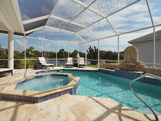 Villa Youppie southern exposure Lakefront Heated Pool! - Sarasota vacation rentals