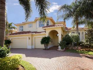 Villa Dolphins Paradise Premiere 4 bedroom sleeps 9!! Gated Community on Lake - Palm City vacation rentals