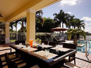 Villa Stella Premiere 4 bedroom sleeps 9!! European Decor! Lakefront. - Palm City vacation rentals