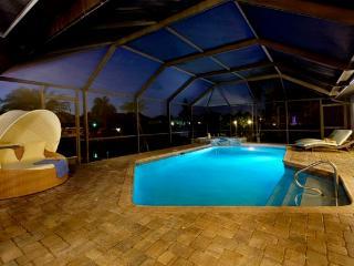 Villa De Nona ~ Kayaks, Pool Table ~ Family Home ~ Sleeps 9 - Cape Coral vacation rentals