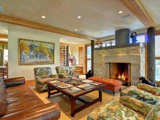 THE HIDEAWAY at Ruby Ranch: 4 bedroom/6.5 bath Luxury Home, Game Room, Home Theater, HT, Sleeps 10 - Silverthorne vacation rentals