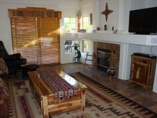 Very cute condo with a touch of the Southwest centrally located in West Sedona - West Sedona vacation rentals
