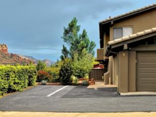 Cute Uptown Condo with stylish and modern furnishings with brand new flooring! JORDAN 520 3-S009 - Sedona vacation rentals