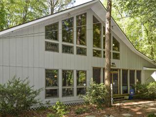 Nice 4 bedroom Middlesex Beach House with Deck - Middlesex Beach vacation rentals