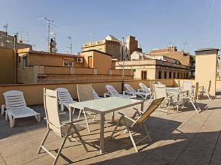 Verdi 3 apartment in Gracia with WiFi, airconditioning, gedeeld terras, balkon & lift. - Barcelona vacation rentals