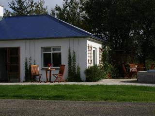 Beautiful 2 bedroom House in Borgarnes with Internet Access - Borgarnes vacation rentals