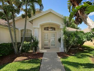 Perfect Villa with Internet Access and Dishwasher - Naples vacation rentals