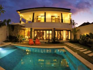 Spacious and luxury Villa Manna, Berawa Canggu - Canggu vacation rentals