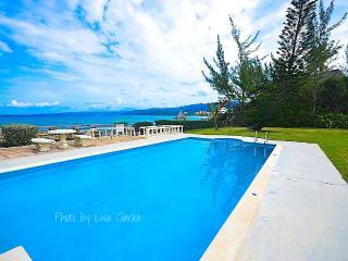 Lovely House with A/C and Shared Outdoor Pool - Mammee Bay vacation rentals