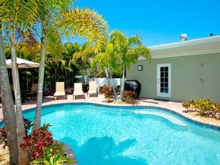 Gorgeous Periwinkle Cottage ~ RA43493 - Anna Maria vacation rentals