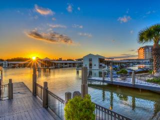 Upscale lakefront resort condo w/lake views, shared pool, & day dock! - Horseshoe Bay vacation rentals