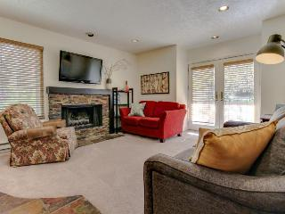 Walk/shuttle to chairlift  - shared hot tub! - Park City vacation rentals