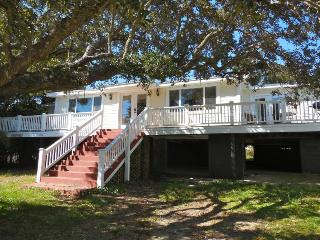 Grouper Therapy - Folly Beach, SC - 5 Beds BATHS: 2 Full - Blue Mountain Beach vacation rentals