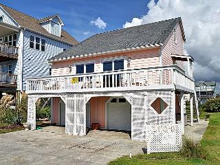 Poppy's Place - Whimsical & Vibrant Style, Excellent Location, Near Ocean Access - Surf City vacation rentals