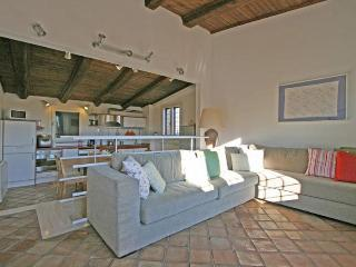 Charming Apartment in the Historic Center of Rome - Campo dei Fiori - Trajan - Castel Gandolfo vacation rentals