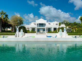 Perfect House with Internet Access and Shared Outdoor Pool - Leeward vacation rentals