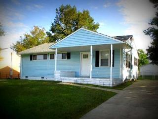 Mama Pug's Cottage - Swansboro vacation rentals