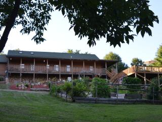 Heavenly Oaks, Family Friendly, Christian Based - Imperial vacation rentals