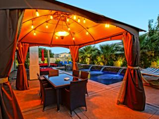 Lux Grandé Oasis Pool/Spa, Outdoor Fire Pit, 5 BR - Indio vacation rentals
