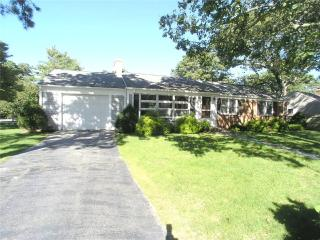 Perfect 3 bedroom House in West Dennis with Internet Access - West Dennis vacation rentals
