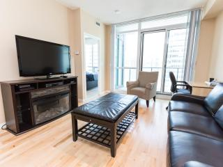 Luxurious/Corporate One Bedroom + Den Condo  ~ Map - Toronto vacation rentals