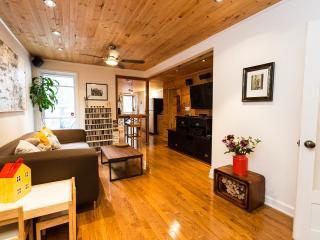 3 bedroom House with Deck in Toronto - Toronto vacation rentals