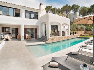 Casa Isa   Cala Moli - Es Cubells vacation rentals