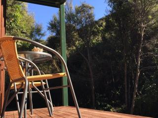 Beautiful 1 bedroom Little River Guest house with Water Views - Little River vacation rentals