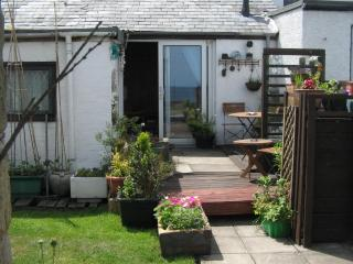 2 bedroom Cottage with Deck in Morpeth - Morpeth vacation rentals