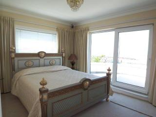 Art Deco house uninterrupted seaveiw of the bay - Morecambe vacation rentals