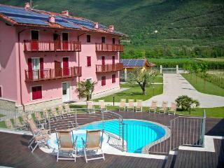 Residence La Vigna - Nella quiete dei vigneti - Arco vacation rentals
