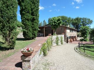 4 bedroom House with Private Outdoor Pool in Montegonzi - Montegonzi vacation rentals
