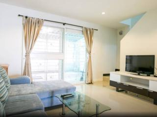 Family house + scooter 5 mins to city - Chiang Mai vacation rentals